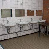 gebouw-wastafels